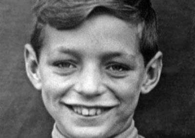 Derek impersonating Alfred E. Neuman, circa 1950